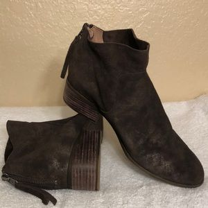 LUCKY BRAND ANKLE SUEDE BOOTS;EUC;SZ 10